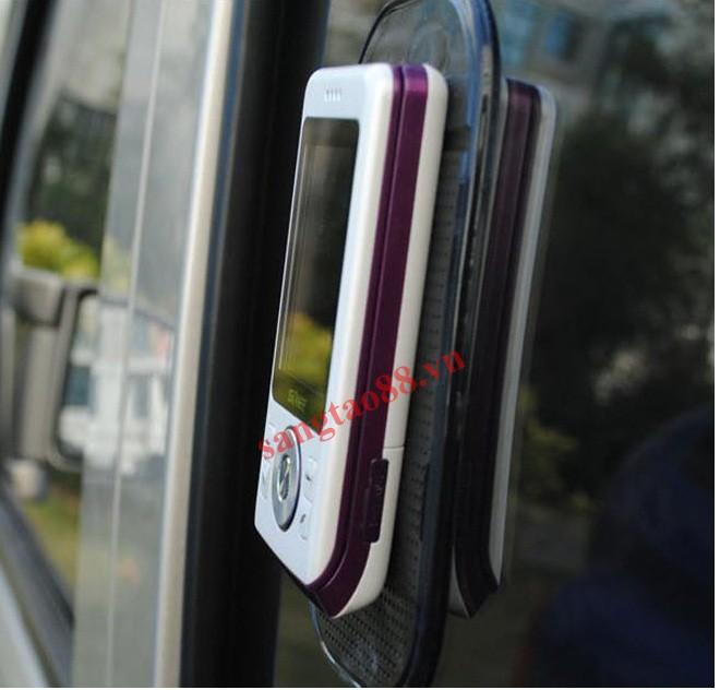 Tấm Silicol chống trượt trên ô tô