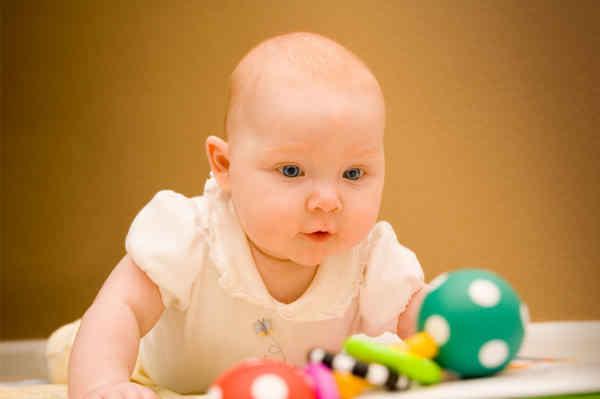 đồ chơi kích thích giác quan toàn diện cho trẻ