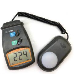 Máy đo cường độ ánh sáng LX1010B